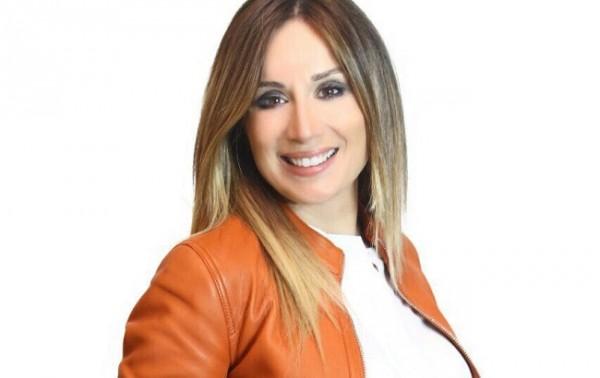 """كارين رزق الله تزوّجت حبيبها من الجامعة.. ورفضت تكريمها من الـ""""موريكس دور"""""""