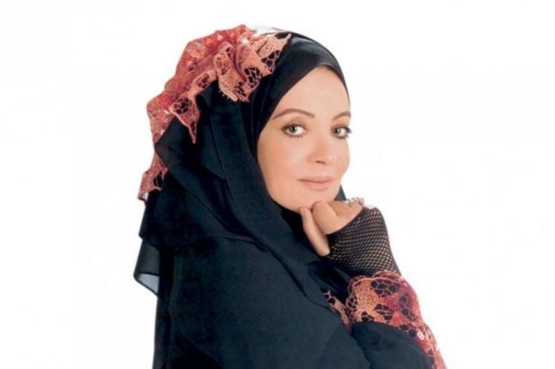 بعد سهير رمزي وحلا شيحا..شهيرة تخلع الحجاب وهكذا بدت في أحدث ظهور لها - بالصورة