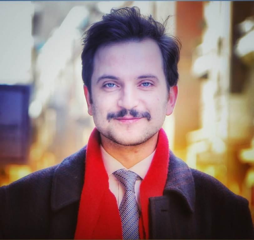 أحمد صبري غباشي يفوز بجائزة أفضل ممثل بمهرجان عيون السينمائي