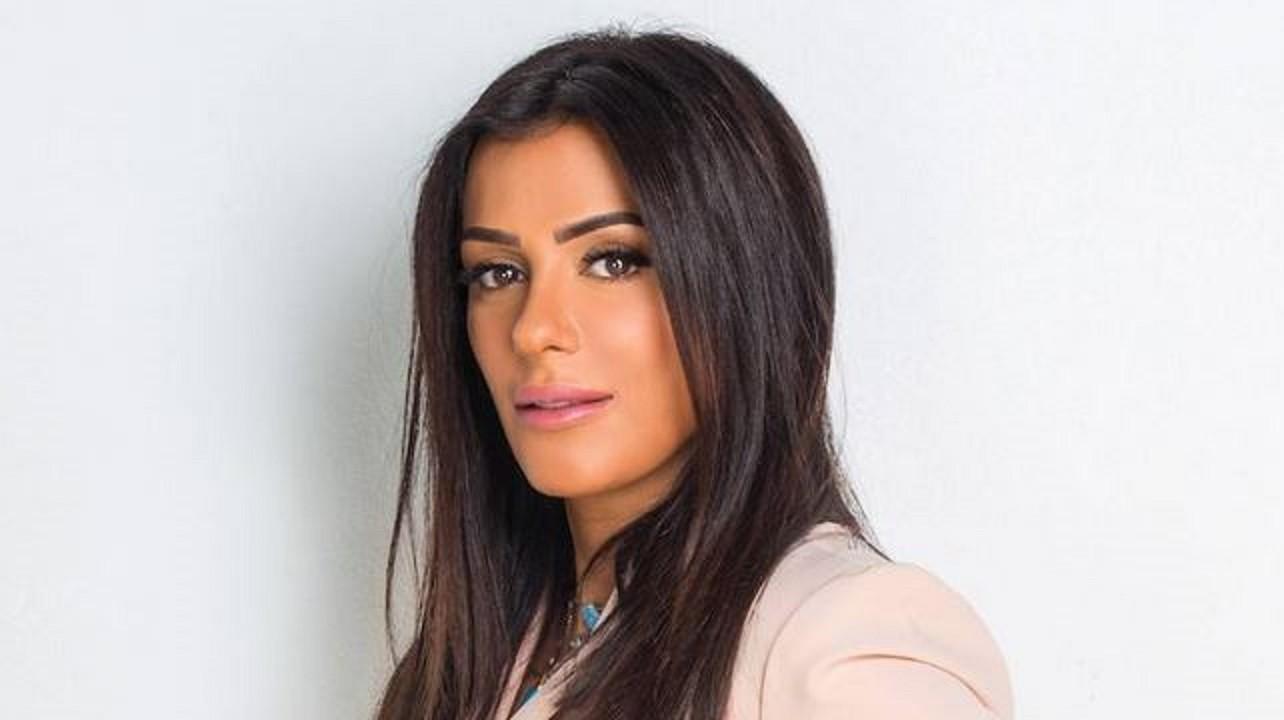 """خاص- إنجي المقدم تكشف لـ""""الفن"""" كواليس تحضيرها لمسلسلها الجديد مع أحمد السقا"""