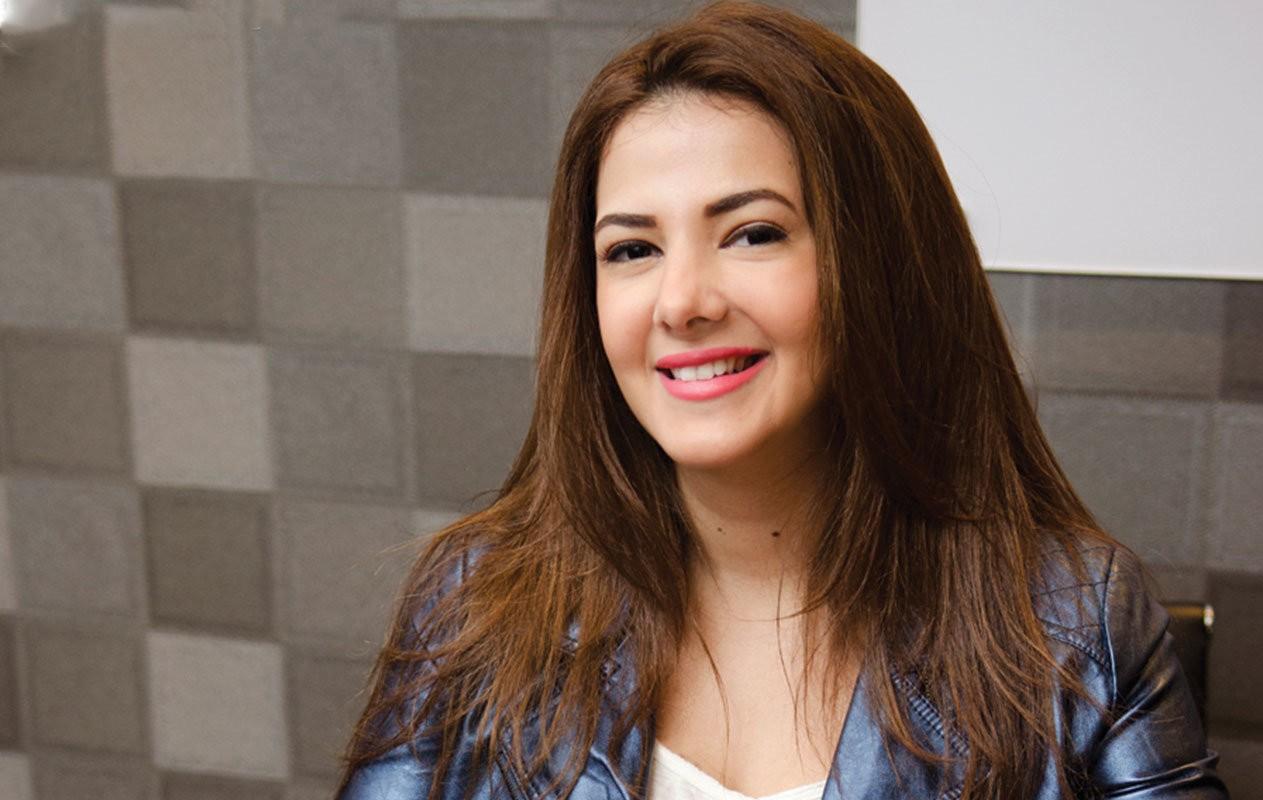 دنيا سمير غانم تقلّد أصالة وأحلام وأنغام وترفض تقليد شيرين عبد الوهاب-بالفيديو