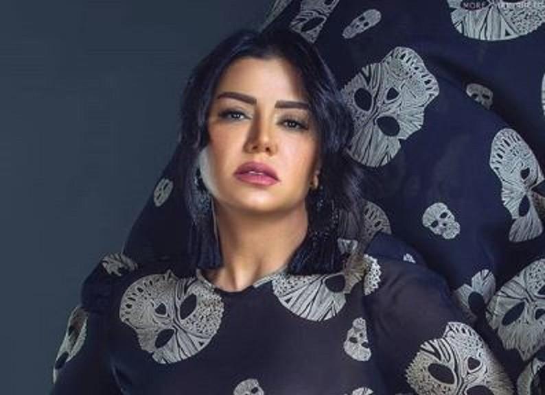 رانيا يوسف تسترجع ذكرياتها من حفل زفافها-بالفيديو