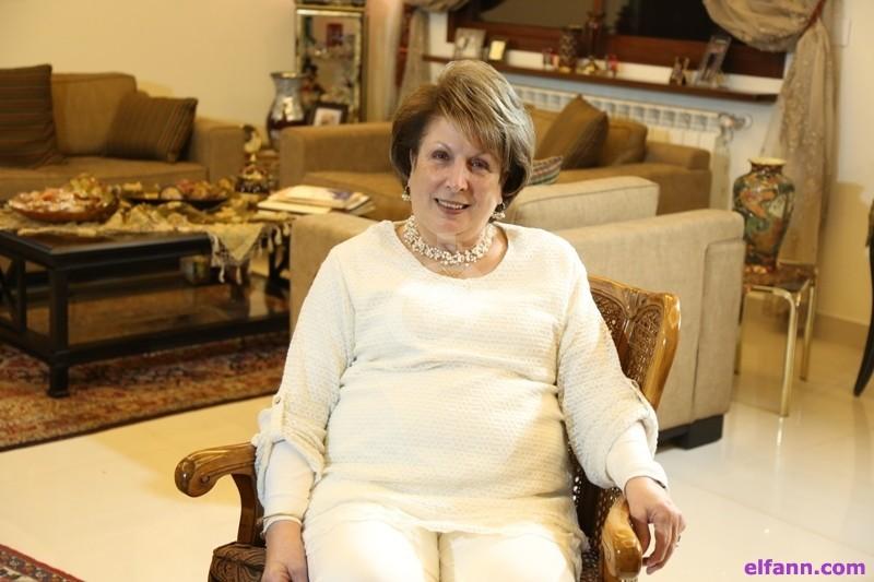 """خاص بالفيديو- شيراز فرحات شبيب تروي عجيبة شفاء """"ماما روزا""""...وما علاقة القديس بادري بيو؟"""