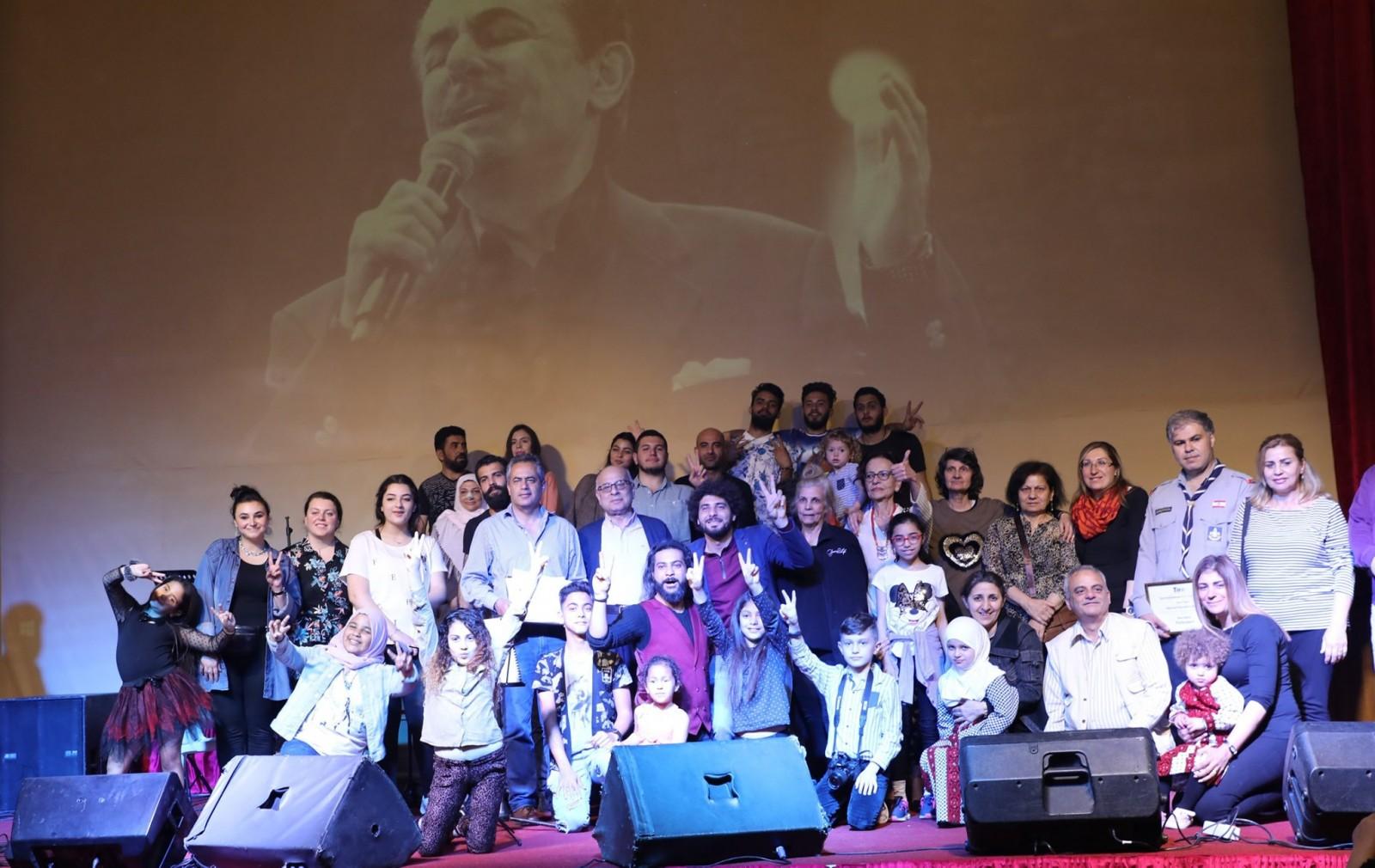 مسرح إسطنبولي يختتم فعاليات مهرجان صور الموسيقي الدولي..بالصور