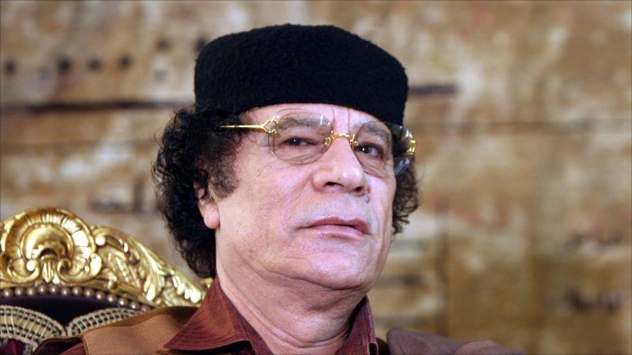 ما حقيقة تجسيد هذا الفنان المصري دور معمر القذافي؟