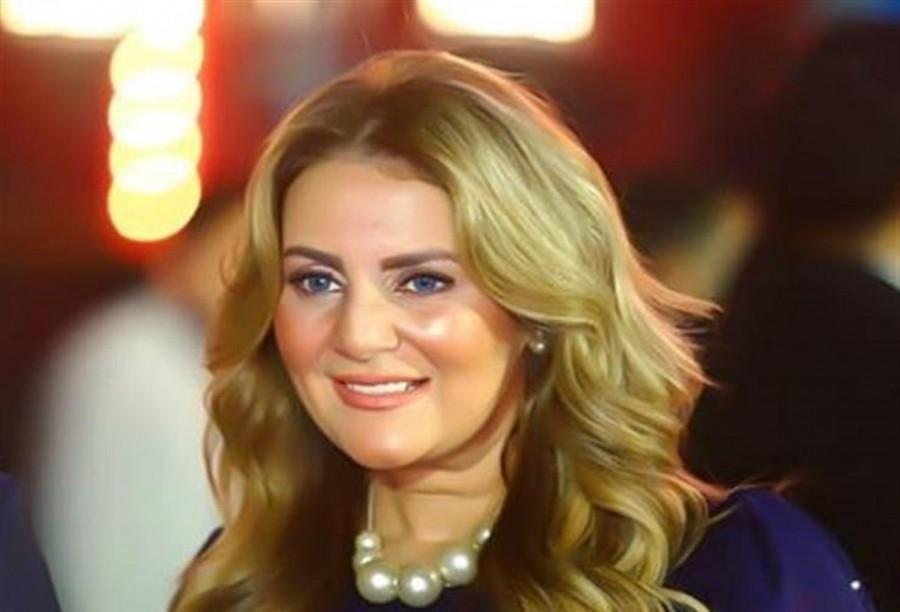 """رانيا محمود ياسين تكشف موعد طرح """"قهوة بورصة مصر""""-بالصورة"""