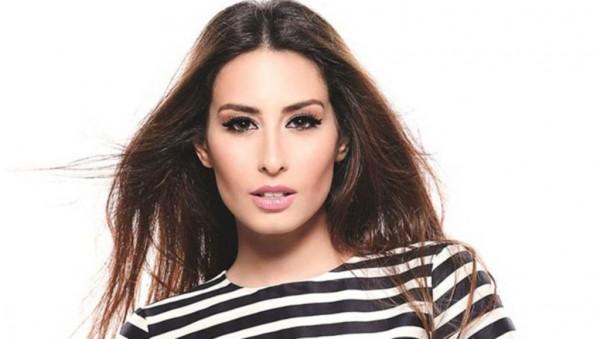 هبة طوجي.. ازميرالدا الشرق الاوسط التي احتلت الصحف العالمية