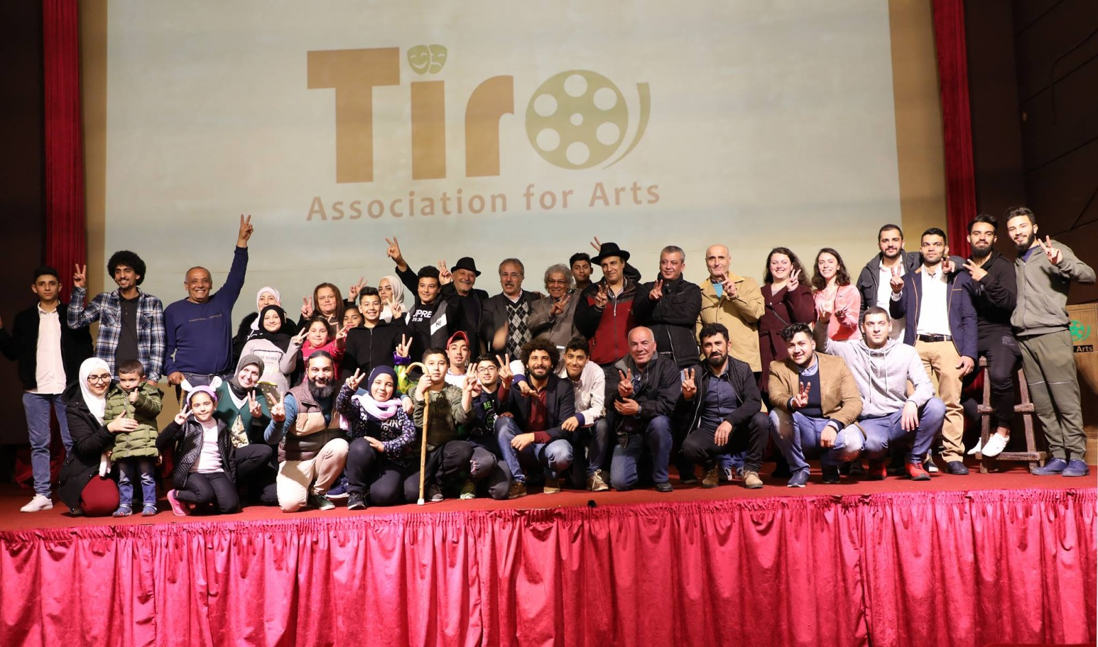 مسرح إسطنبولي يحتفل باليوم العالمي للمسرح