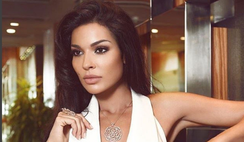 إتهام نادين نسيب نجيم بتقليد سيرين عبد النور..وهكذا علقت بقوة على من هاجموها