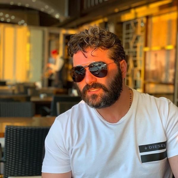 خاص بالفيديو- يزن السيّد: لا يمكن مقارنة قصي خولي بـ معتصم النهار..ويردّ على إنتقاد ميلاد يوسف له