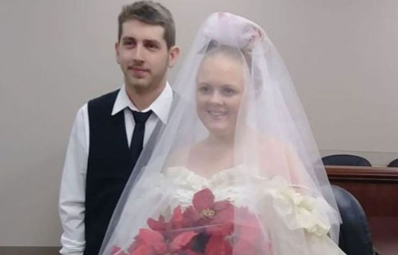 مأساة تحل بعروسين بعد زفافهما بدقائق
