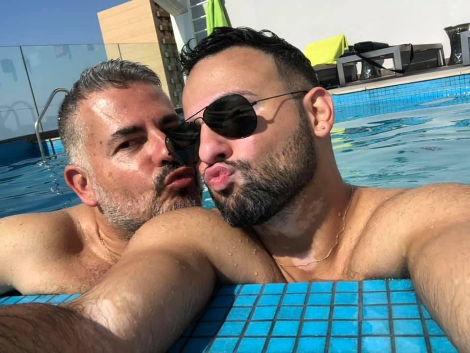 نيكولا شلهوب وزوجه يتمتعان بطبيعة لبنان .. بالصور