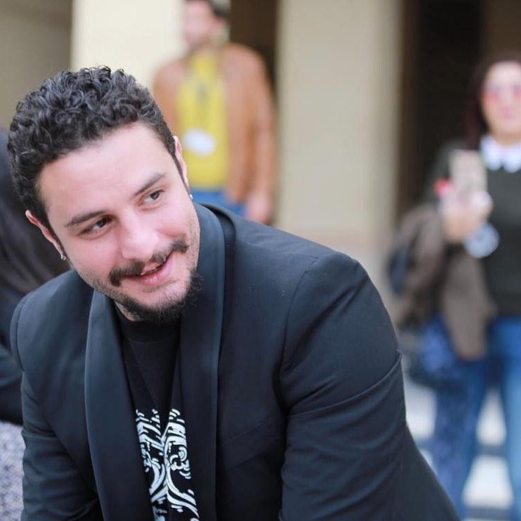 طليقة أحمد الفيشاوي ضبطت مع رجل غريب عند الساعة الرابعة فجراً- بالفيديو