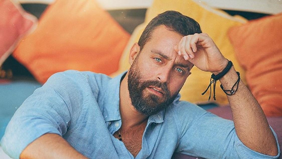 """سعد رمضان دخل عالم الفن على الرغم من معارضة والده.. وهكذا إختلفت حياته بين """"ستار أكاديمي"""" والآن"""