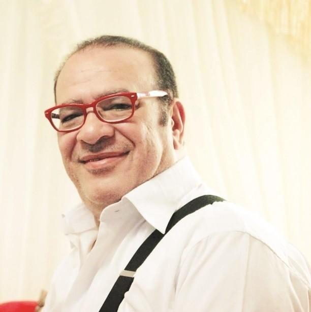 صلاح عبد الله بصورة نادرة من 33 سنة