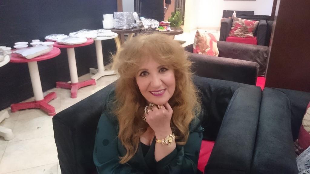 بالصور- سميرة صدقي تحتفل بعيد ميلادها في سحور