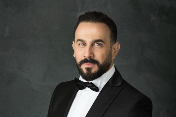 شاهد ظرافة قصي خولي وهو يغني يا ولاد محارب أمام عابد فهد وسامر المصري-بالفيديو