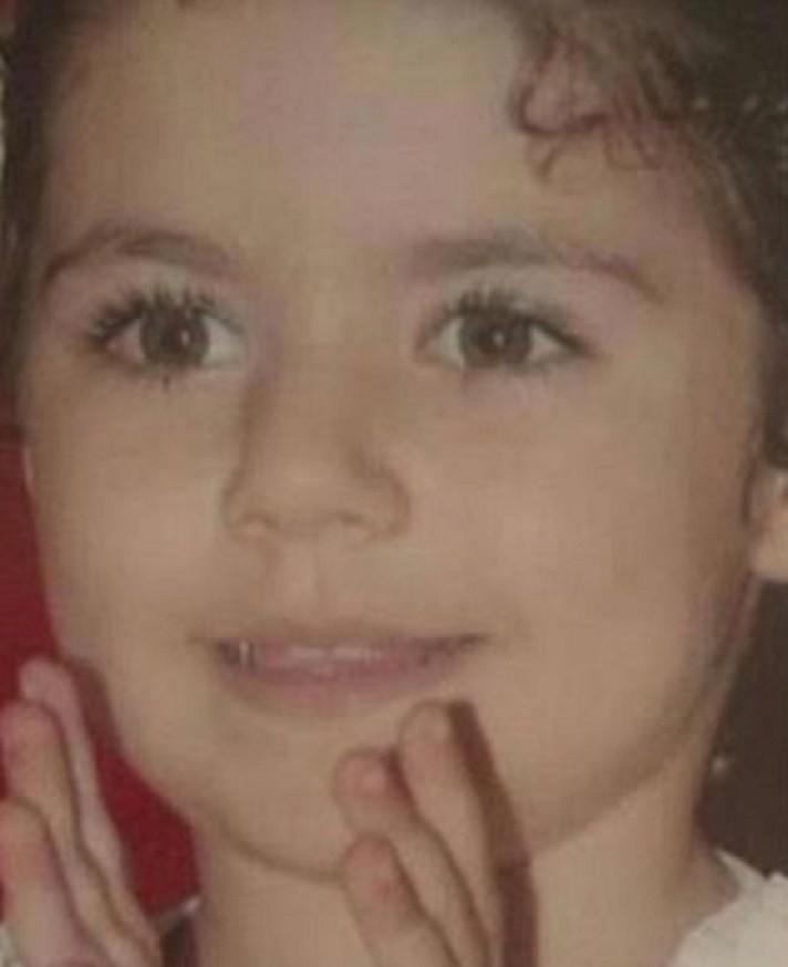 خمنوا من هي هذه الطفلة التي أصبحت نجمة تركية