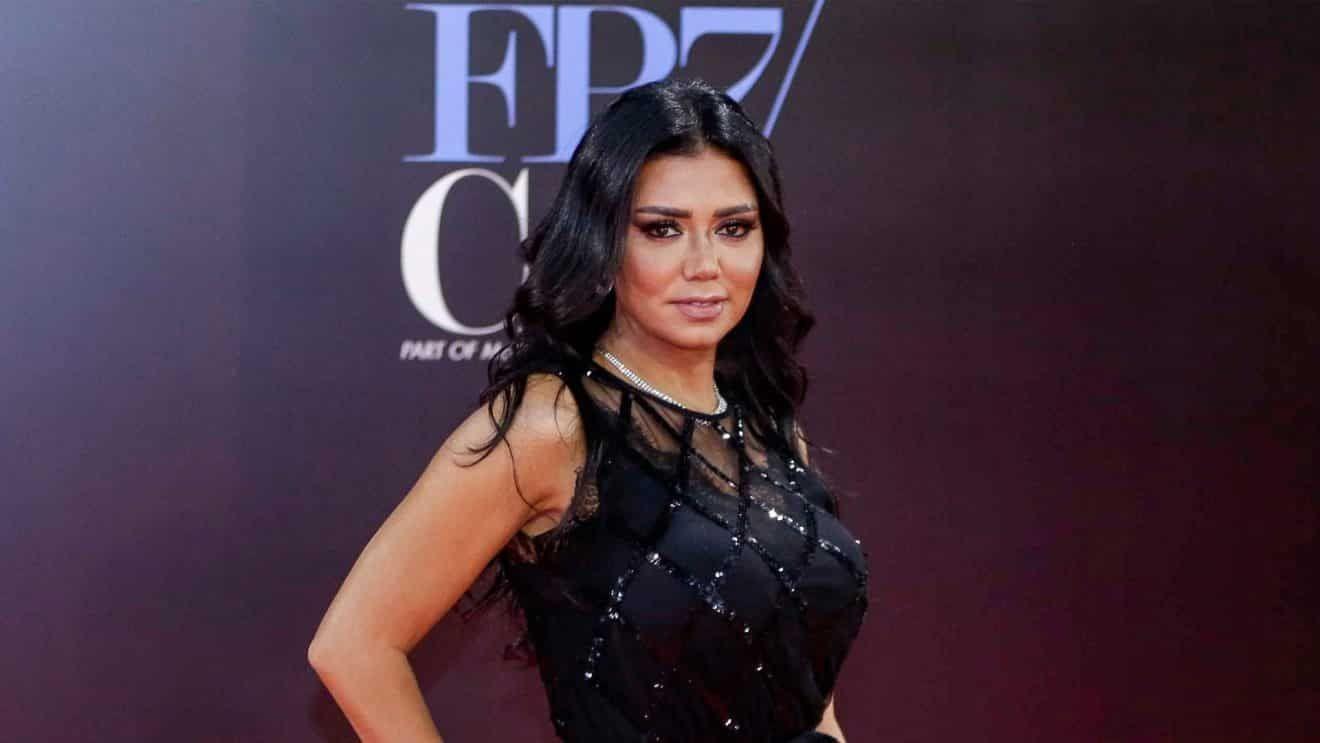أزمة رانيا يوسف مع البطانة ... لن تنتهي؟