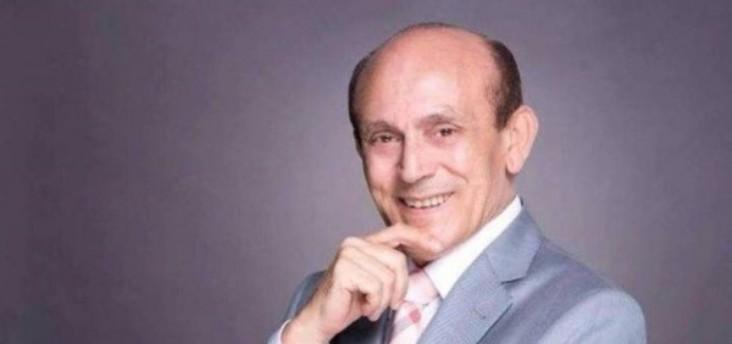 محمد صبحي: هذه السيدة تعيش معي