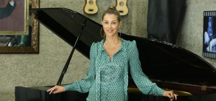 خاص وبالفيديو- كارلا حداد تكشف معاناة والدتها مع المرض